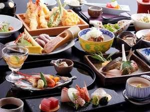 【夕食】四季夕膳会席。おばんざいと天ぷらはオーダービュッフェで好きなものを好きなだけ。