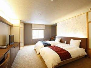 ★花風フロア【シルフィ】イタリア製のソファなど、上質な心地よさのお部屋です♪
