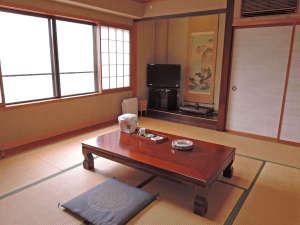 *【和室一例】畳のお部屋でゆっくりお寛ぎください。