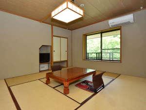 和モダンタイプ客室10畳 ウォシュレット完備。