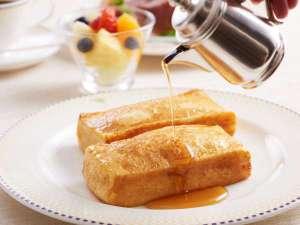 【ルームサービスで朝食を】伝統のフレンチトースト(イメージ)