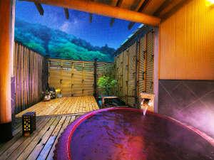 ■湯量豊富な自家源泉■館内地下から湧出する土湯温泉<源泉かけ流し/加温加水なし>を思う存分に満喫!