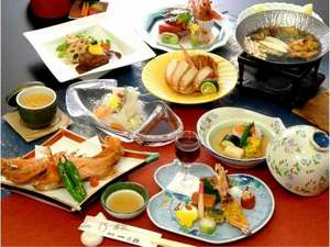 料理の宿 旅館一乃松の懐石膳を存分にお楽しみ下さい。