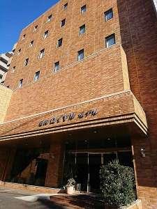 ★延岡ロイヤルホテルへようこそ!お車でお越しの際は、まずはフロントまで♪駐車場をご案内いたします。