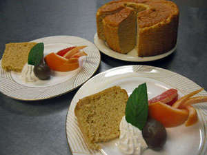 ふわふわしっとりのシフォンケーキも手作り