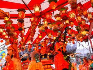 中国旧正月に開催される「ランタンフェスティバル」は、長崎の冬を彩るお祭りです。