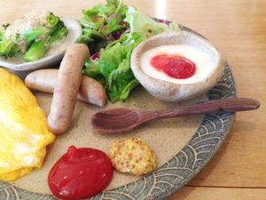 *【朝食例】ご宿泊翌日は、彩り鮮やかなお食事に舌鼓。