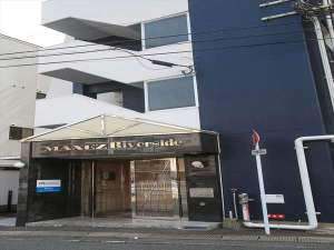 N.33 Hakata Sta.Riverside