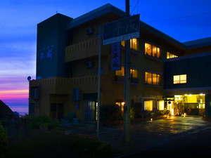 絶景夕陽の宿 料理旅館 平成の画像