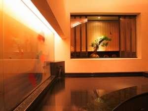 新神戸駅前で天然温泉♪時間交代の貸切でゆったりご利用頂けます