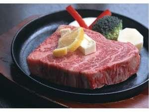 カニもいいけど、お肉も最高です(^^)