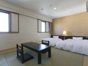 センターワンホテル半田 image