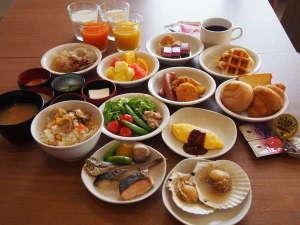 【盛り付け例】朝食バイキングはバラエティ豊富な全60種類!