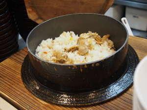 【ホタテ飯】ドーミーイン網走の看板メニューといえば、ホッカホカのホタテ飯♪