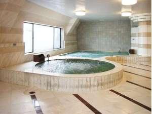 綺麗で大きな大浴場