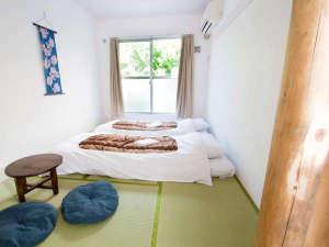 1名~4名様まで、利用できる和室(写真は2利用時)お子様連れや外国のお客様に好評。
