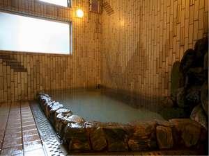 自家源泉100%かけ流しの温泉は24時間ご利用できます