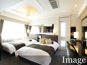 【デラックスツインルーム】18㎡/120cm幅ベッド2台〈イメージ〉