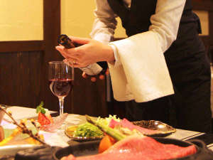 美味しいお料理とワインに舌鼓