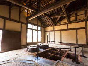 平成28年に国登録有形文化財に登録された旧木村酒造場。カマドや井戸は当時のままに。