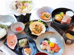 夕食スタンダード:旬の食材を取り入れたご夕食は季節によりお楽しみいただけます。