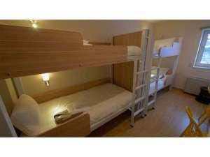 クアッドルーム 2段ベッド2台