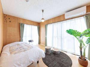 トトロをテーマにした遊び心溢れる寝室