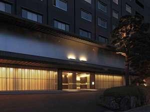 近代的なデザインに「和」を取り入れることで落ち着いて過ごせる旅館を目指します。