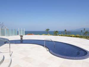 天然温泉「ペルラの湯舟」海の湯露天