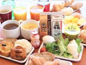 ご朝食はご宿泊のみなさまは無料でお召し上がりいただけます♪