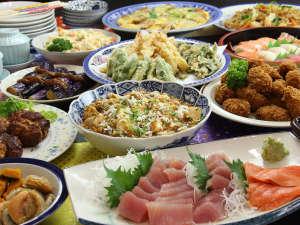 【夕食】種類豊富な手作り料理をバイキングで♪