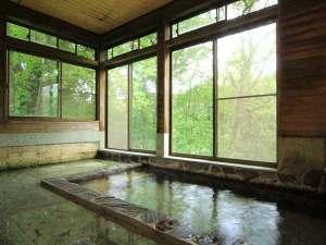 宿泊棟の内風呂