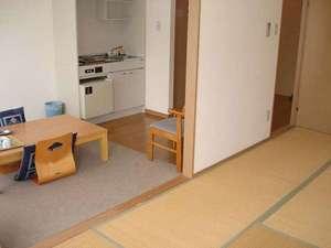 【別館】和室(バス・トイレ付)別館はゆったり寛げる和室になっております。