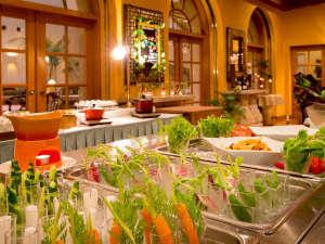 """◆野菜ビュッフェ◆""""大地の恵み""""をたっぷりと♪契約農家さんから仕入れた新鮮野菜"""