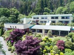 亀山荘全景