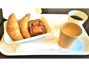 無料の軽朝食サービスがございます。