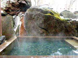 貸切露天風呂はご宿泊のお客様サービスです。