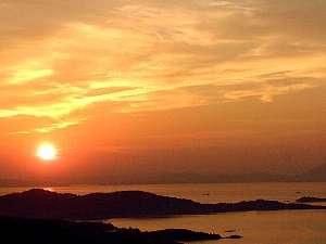 日本夕陽百選の夕陽を望む(春・秋)