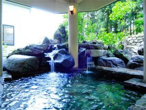 【本館露天風呂】 おもいっきり自然の息吹を感じます☆