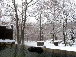 雪の日には雪見露天も♪