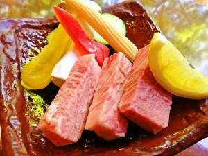 【常陸牛ステーキ】分厚いお肉を鉄板でジュ~ッと!
