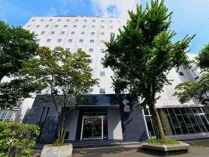 JR千歳駅前ロータリーに隣接。