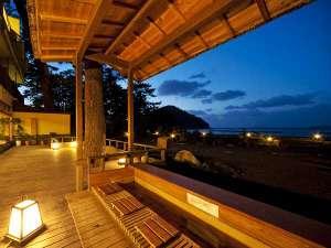 ■菊ヶ浜一望☆足湯/萩の癒しスポット菊ヶ浜を照らす夕景を眺めながら人気の「足湯」でまったり
