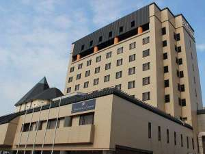 グランドホテル白山の外観です