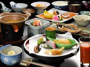 【自慢の朝食】手作りの山海の幸を堪能する、豪華な朝ごはんをお召し上がりください