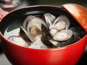 ★東郷湖名物「大粒のしじみの味噌汁」!朝食にお出ししています。