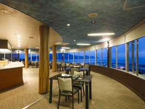 絶景展望レストラン「東風と海」