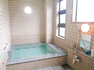 *1階大浴場/お風呂はこちらと3階のユニットバスルーム、2か所あるので安心☆