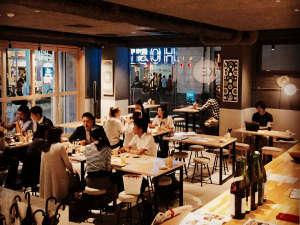 お一人様からグループ利用まで日替わりのおそうざいやこだわりの日本酒などをご堪能いただけます。
