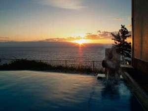 海のお風呂/お風呂で温まりながら日の出鑑賞も